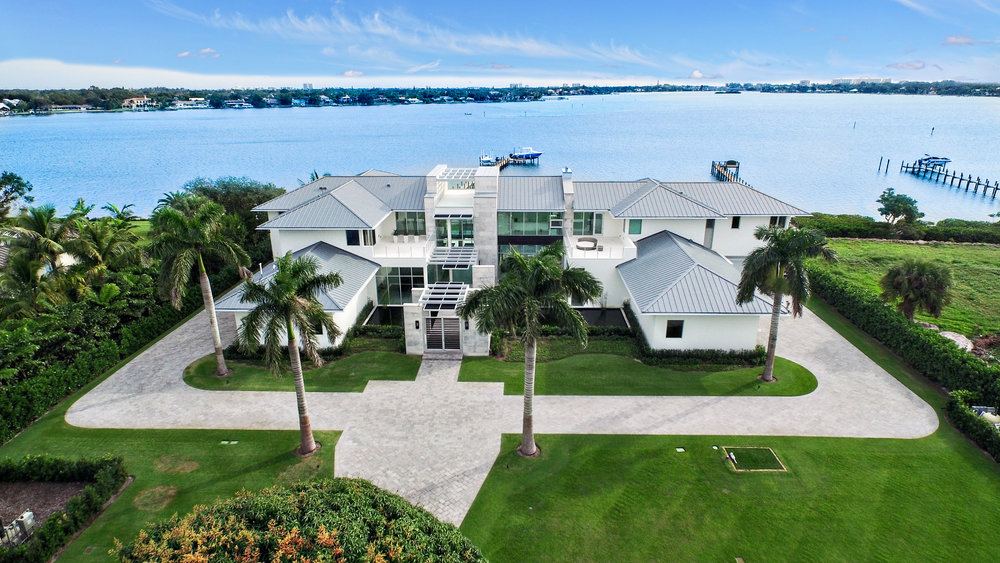Contemporary Waterfront Estate