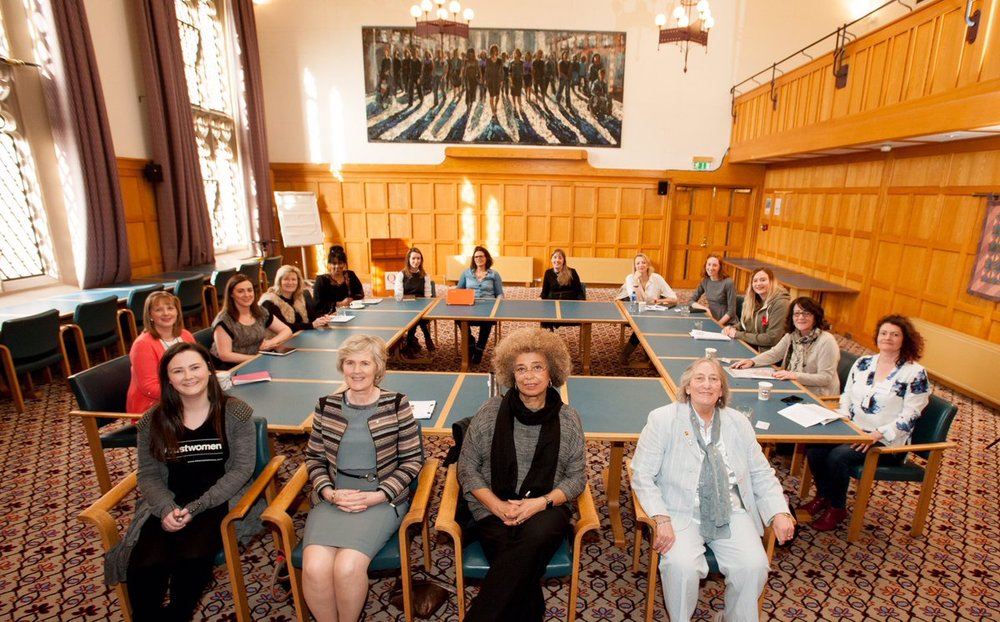 During the Belfast abortion pill raids, I (Sarah Wright, front-left) had the impromptu opportunity to brief Angela Davis on NI pro-choice activism+civil disobedience.
