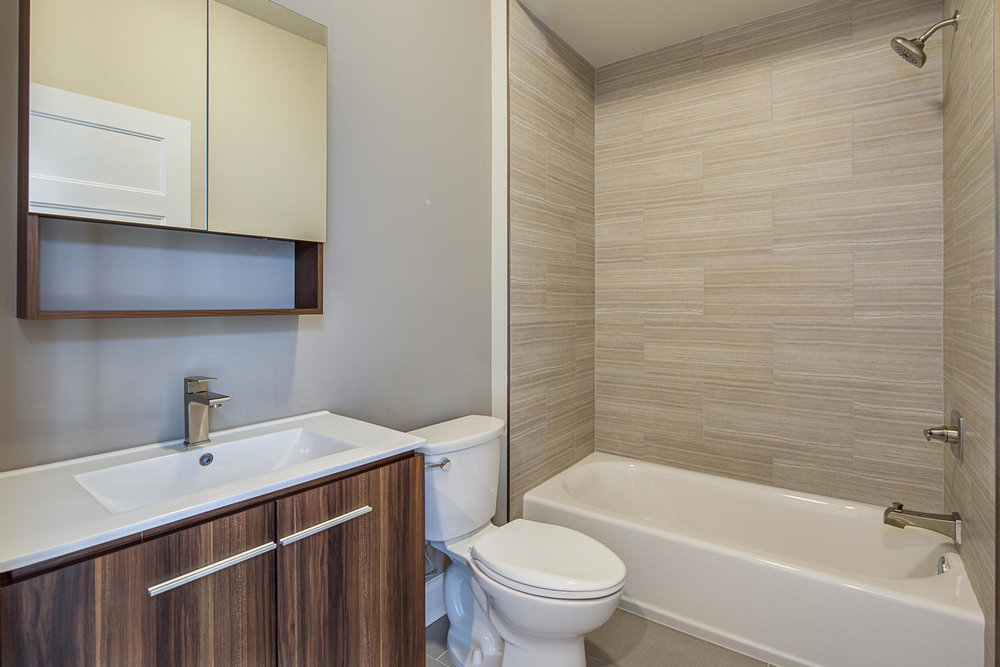 Fishtown-large-023-18-Bathroom-1500x1000-72dpi.jpg