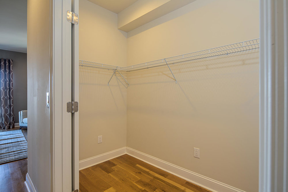 Fishtown-large-032-14-Master Walkin Closet-1500x1000-72dpi.jpg