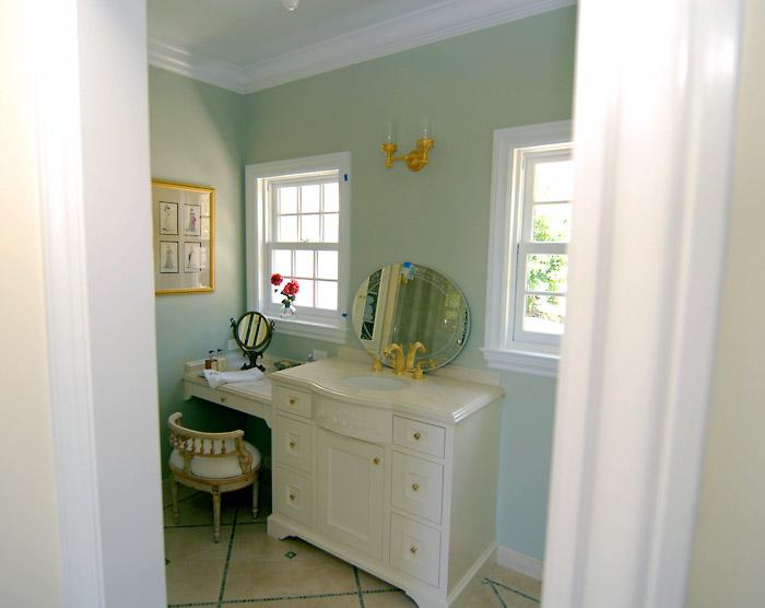 Gilmartin, Tiburon (bathroom)