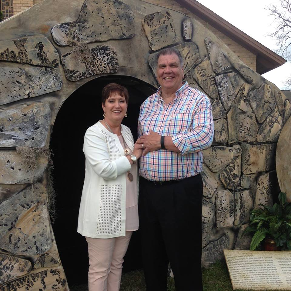 Carl Williamson ~Pastor - Carl and his wife Sandy have been serving in the ministry for 40 years. Thirty-seven of those years has been as a pastor. Carl received his education at East Texas Baptist University and Southwestern Baptist Theological Seminary. Carl believes that