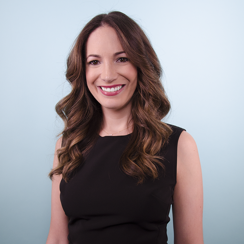 with Stephanie Cartin: - Stephanie Cartin is the Co-CEO of Socialfly, a New York City-based Social Media Marketing & Influencer Agency. Stephanie is also the co-author of