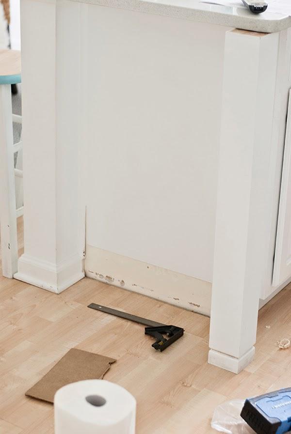 attaching_kitchen_post_to_island1.jpg