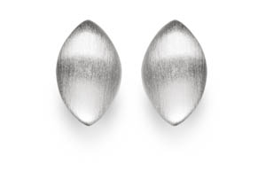 Meri Oval Stud Earrings