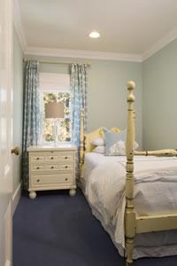 Twin Room Inn, shared suite & bath