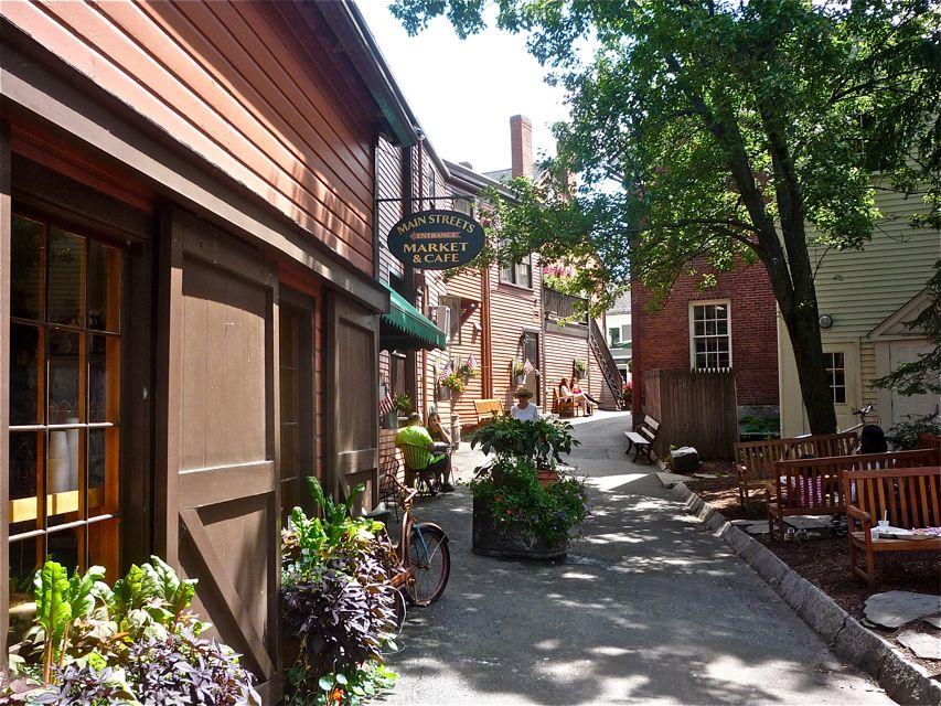 Concord Alleyway