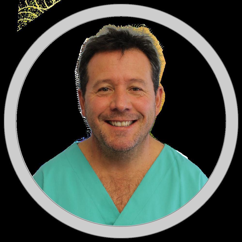 Dr. Juan Carlos Contreras   Médico Dentista