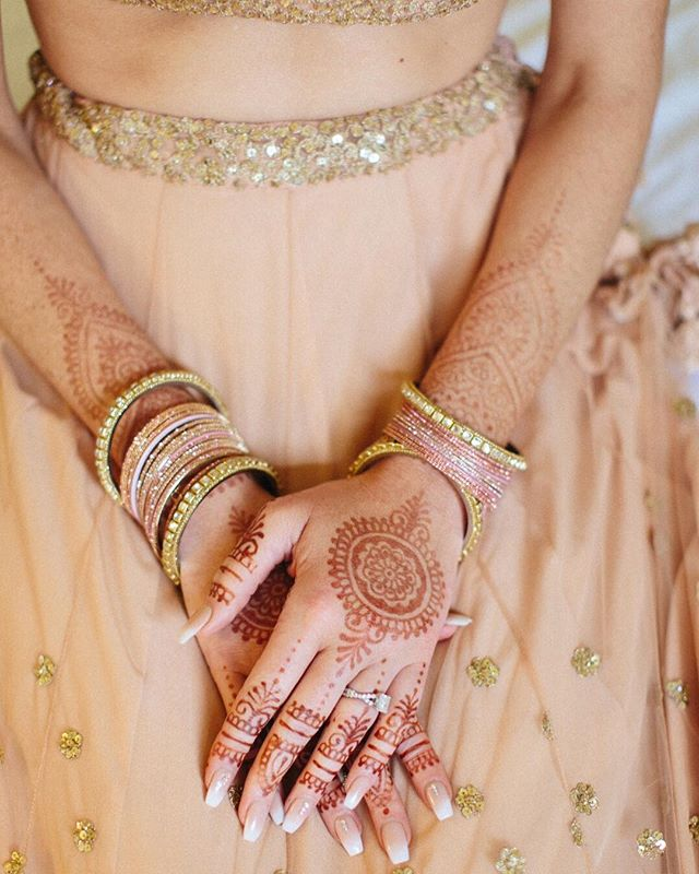 South Asian Weddings are some of our absolute favorite events.  We cannot wait to produce an epic Indian Wedding this weekend @ritzcarltonbahelorgulch! Follow our stories this weekend to see some of the epicness! 📷@chloemariemurdoch . . . . . . #Mountainoccasions #TropicalOccasions #ritzcarlton @ritzcarlton #southasianweddings #henna #indianwedding #beavercreek #mountainwedding #destinationwedding #weddinginspo #destinationweddingplanner #weddingphotography #destinationeventplanner #weddingday #weddingdayready #colorado #mountains #weddingdayinspo #weddingdecor #mountainweddingdecor