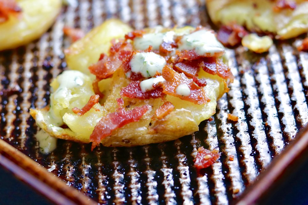 Crispy Smashed Potatoes with Bacon and Ranch I'd Eat That Food