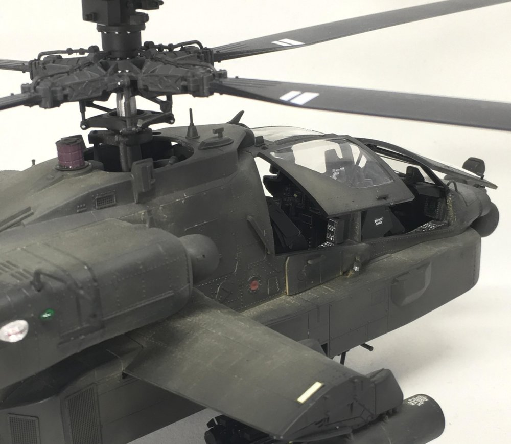 Apache Anders Quigg Kitty hawk 1/35