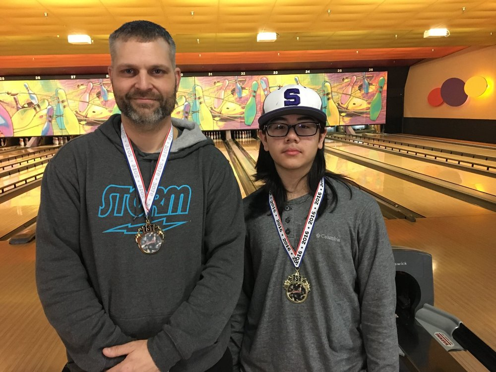 Ashton Yamasaki \ Chris Burnett - 12th Annual GPUSBC Jr/Adult Championship Scratch Doubles winners.