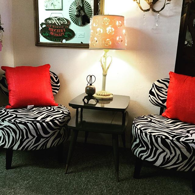 "Find your animal spirit @ ""chic oui seek"". #furniture #animalprint #chair #comfortable #livingroom"