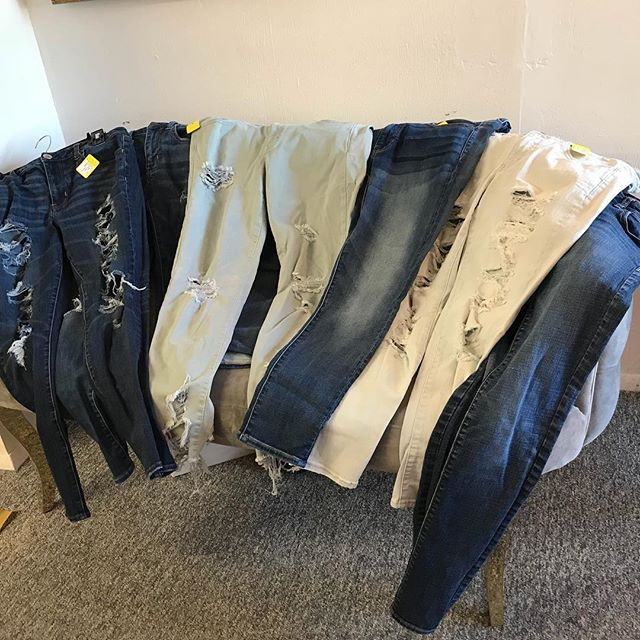 New supply of American eagle jeans all $10 and under