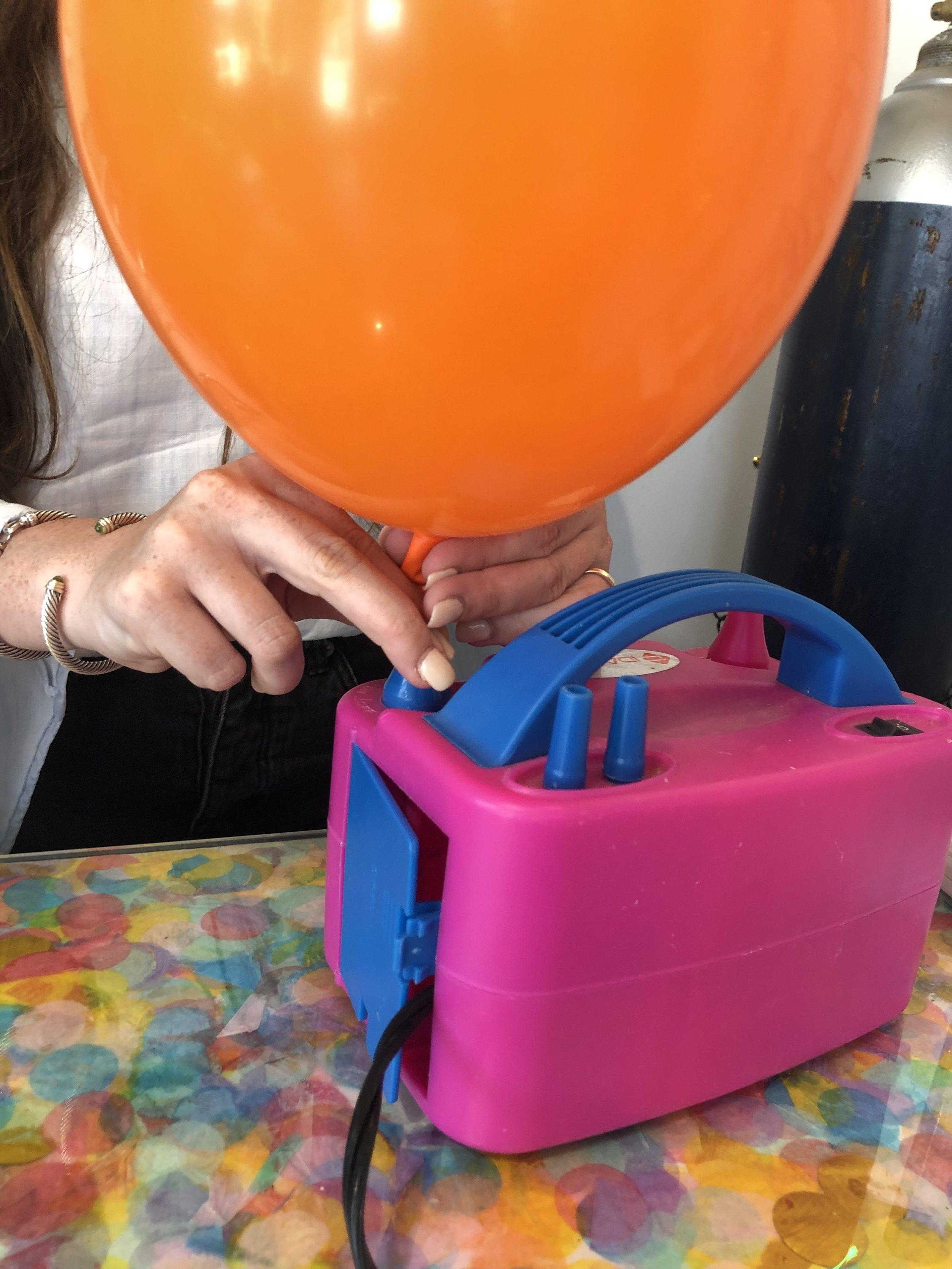 electric balloon pump for balloon garland