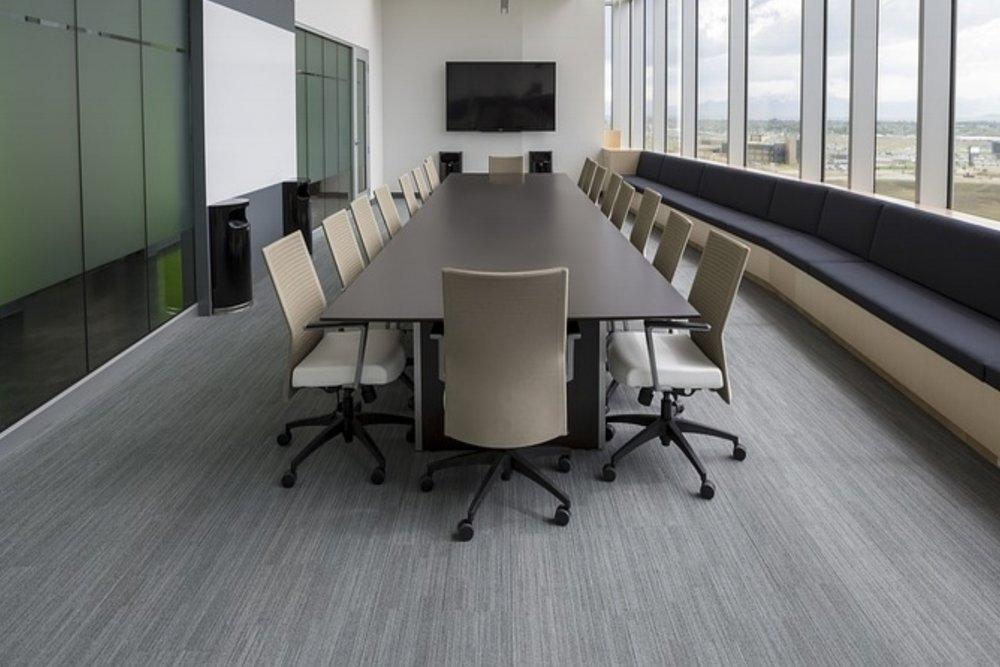 chairs-1840377_960_720.jpg