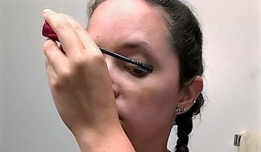 Almay mascara technique.jpg