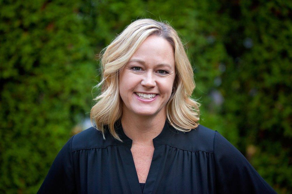 Lori Meyers, Principal