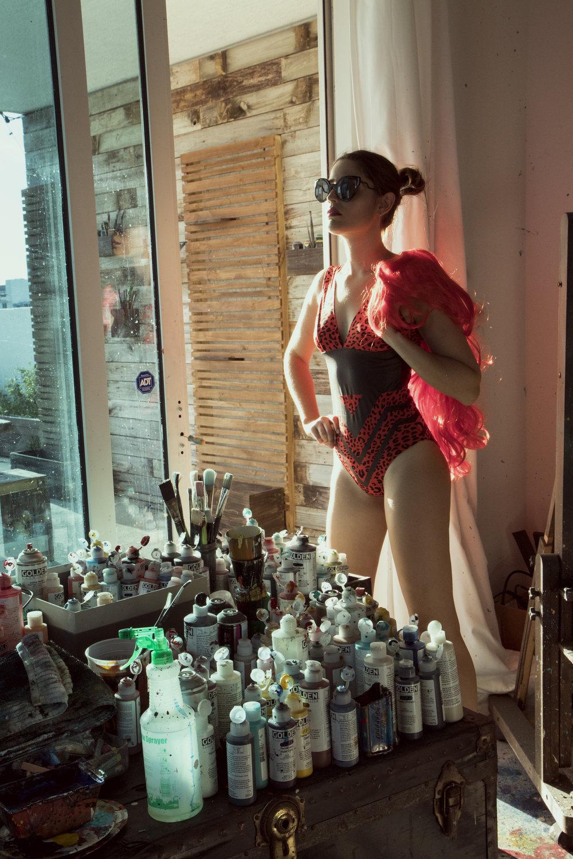 Body: Sukicohen.Glasses: Dita Von Tease.