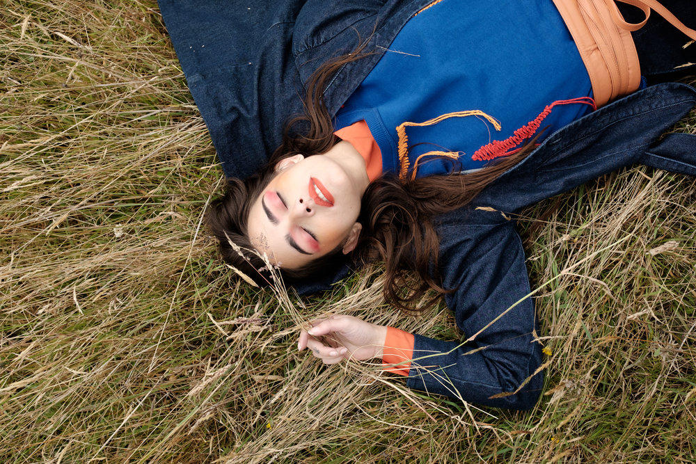 Shirt and coat:H&M. Sweater:Zara. Belt: Adriana Tavera.