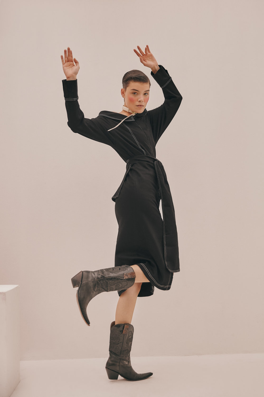 Full look:Pink Filosofy - Belt as choker:Ballen Pellettiere - Boots:Stylist's own.