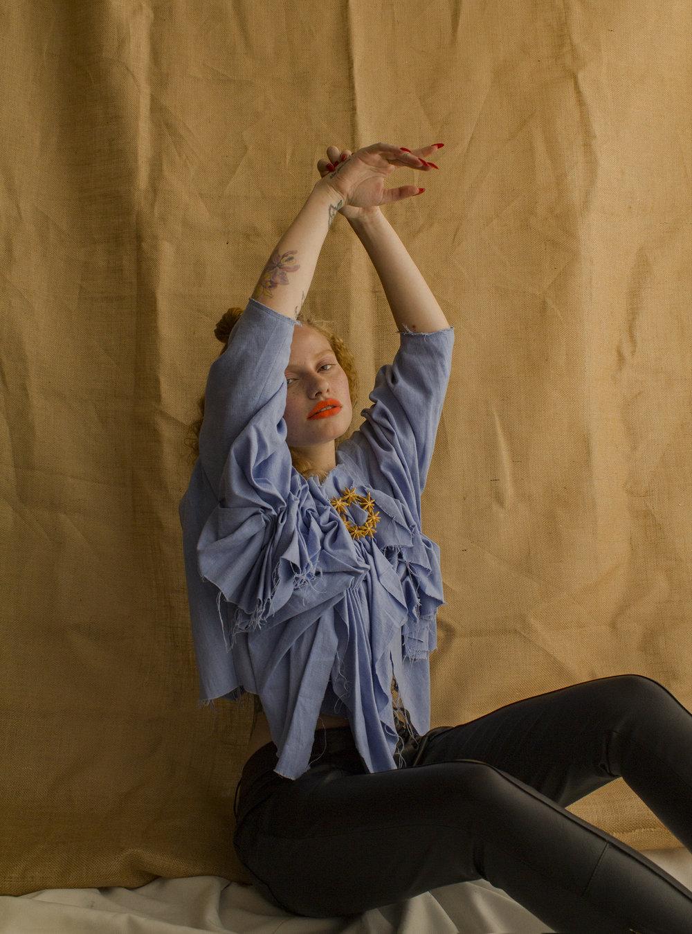 Top.  Patricia Padrón / Pants. MICLOTT /  Pin.  ALMA at Casa Précis