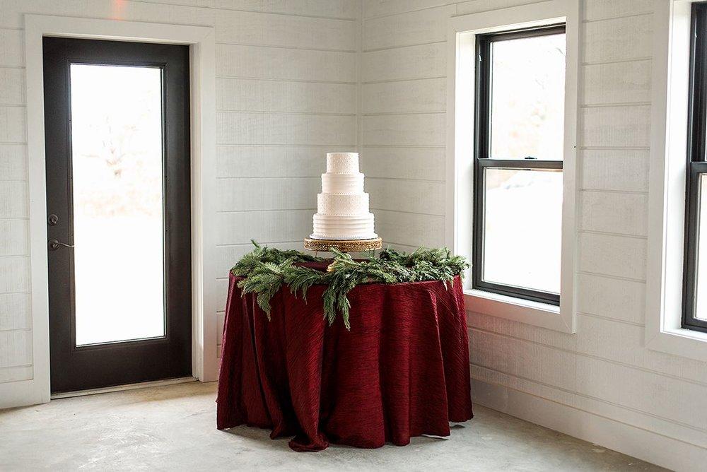 tulsa wedding venue cake table.jpg