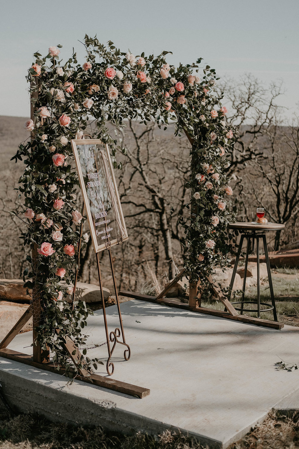 outdoor wedding tulsa venue.jpg