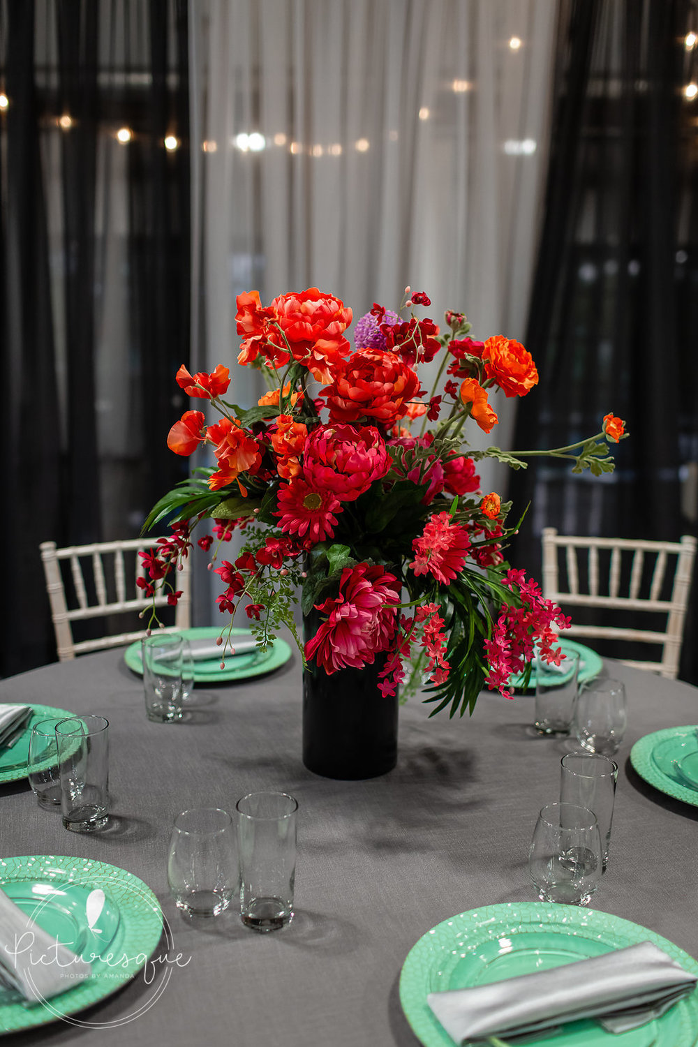 bright florals black accents tulsa weddings.jpg