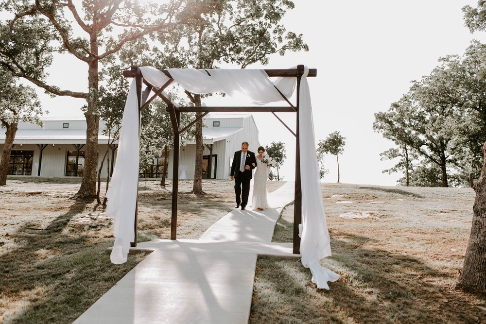 tulsa largest best outdoor wedding venue 3-min.jpg