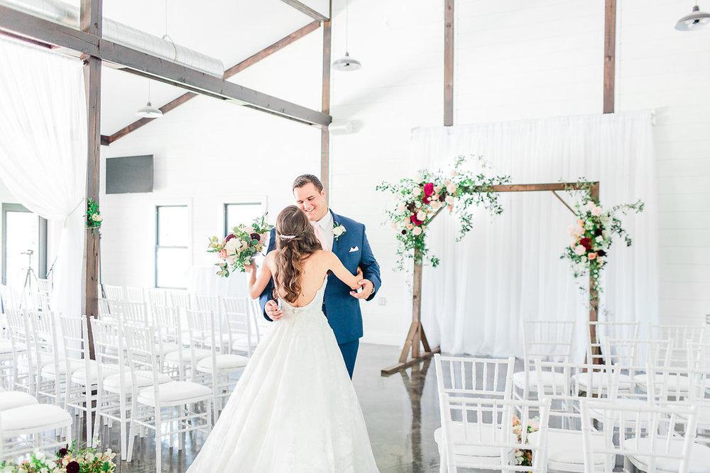 Dream-Point-Ranch-Wedding-Tulsa-Oklahoma-Wedding-Photographer-Holly-Felts-Photography-Baab-Wedding-133.jpg