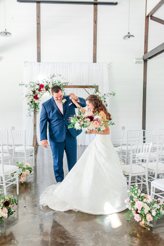 Dream-Point-Ranch-Wedding-Tulsa-Oklahoma-Wedding-Photographer-Holly-Felts-Photography-Baab-Wedding-135.jpg