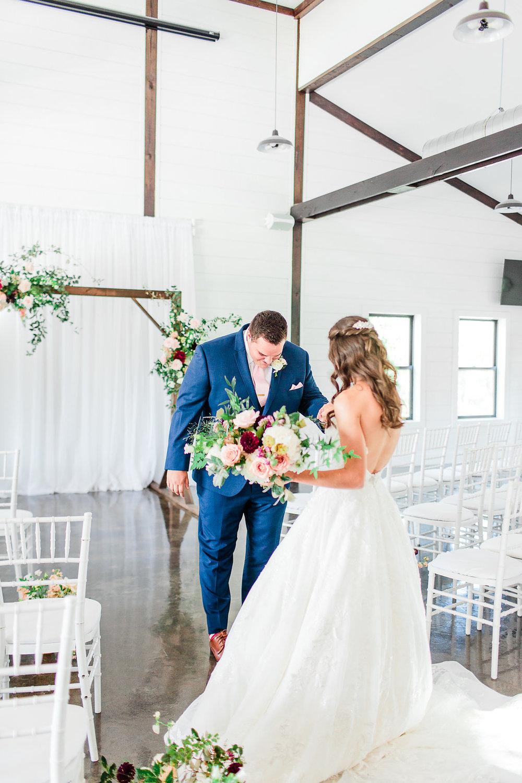 Dream-Point-Ranch-Wedding-Tulsa-Oklahoma-Wedding-Photographer-Holly-Felts-Photography-Baab-Wedding-139.jpg