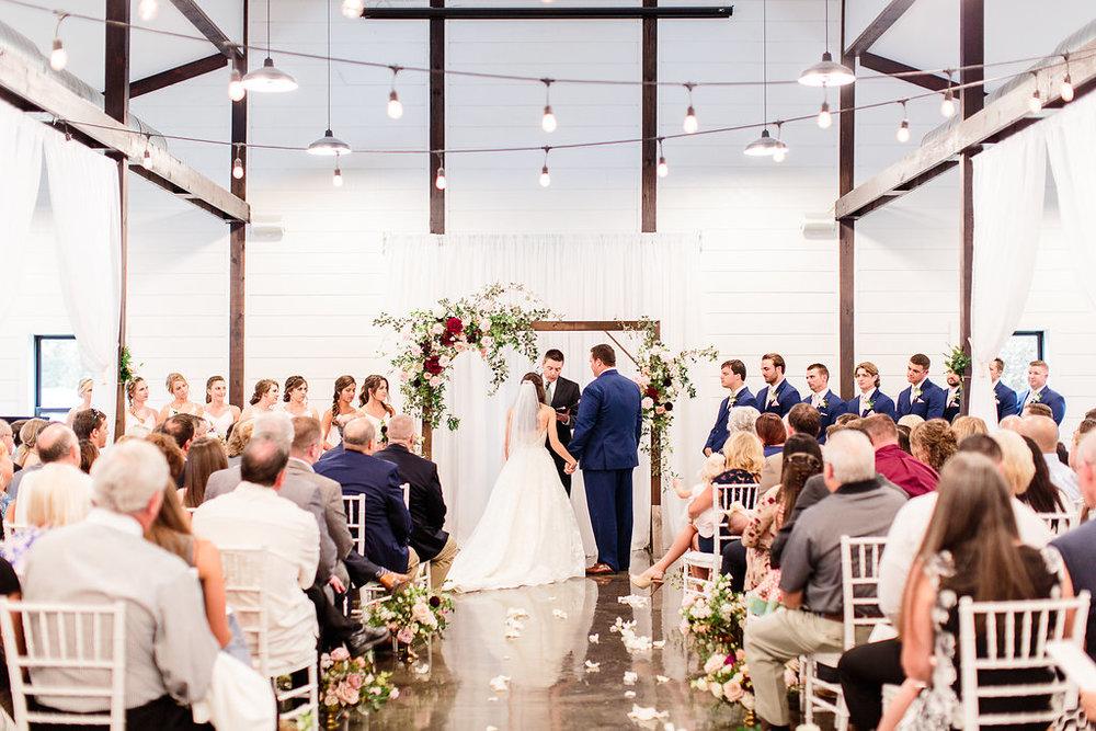 Dream-Point-Ranch-Wedding-Tulsa-Oklahoma-Wedding-Photographer-Holly-Felts-Photography-Baab-Wedding-329.jpg