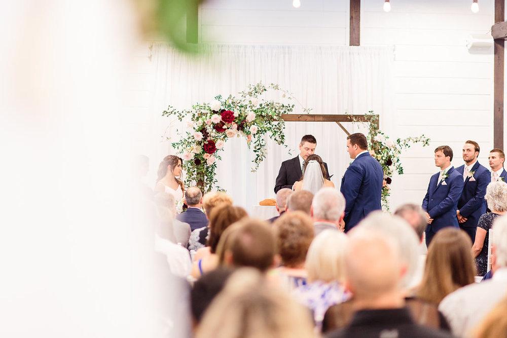 Dream-Point-Ranch-Wedding-Tulsa-Oklahoma-Wedding-Photographer-Holly-Felts-Photography-Baab-Wedding-356.jpg