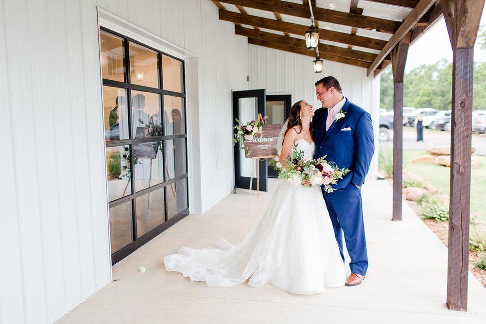 Dream-Point-Ranch-Wedding-Tulsa-Oklahoma-Wedding-Photographer-Holly-Felts-Photography-Baab-Wedding-420.jpg