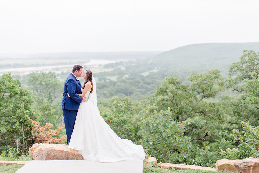 Dream-Point-Ranch-Wedding-Tulsa-Oklahoma-Wedding-Photographer-Holly-Felts-Photography-Baab-Wedding-487.jpg
