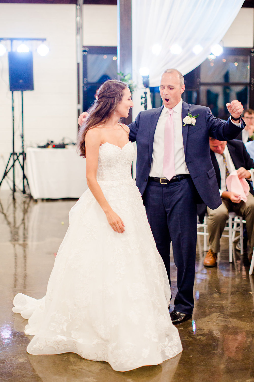 Dream-Point-Ranch-Wedding-Tulsa-Oklahoma-Wedding-Photographer-Holly-Felts-Photography-Baab-Wedding-565.jpg
