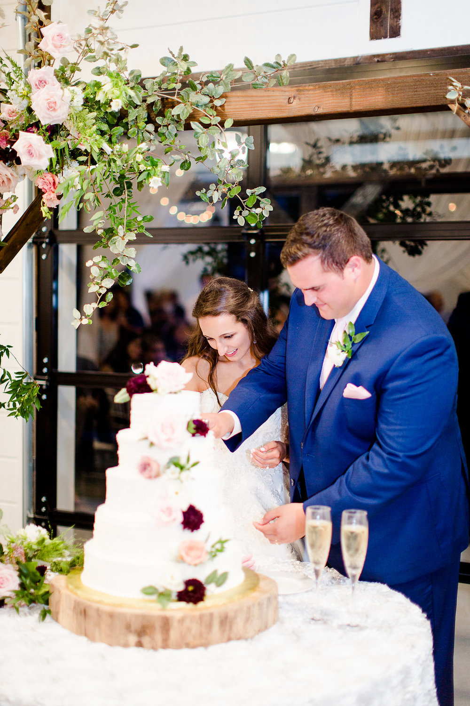 Dream-Point-Ranch-Wedding-Tulsa-Oklahoma-Wedding-Photographer-Holly-Felts-Photography-Baab-Wedding-595.jpg