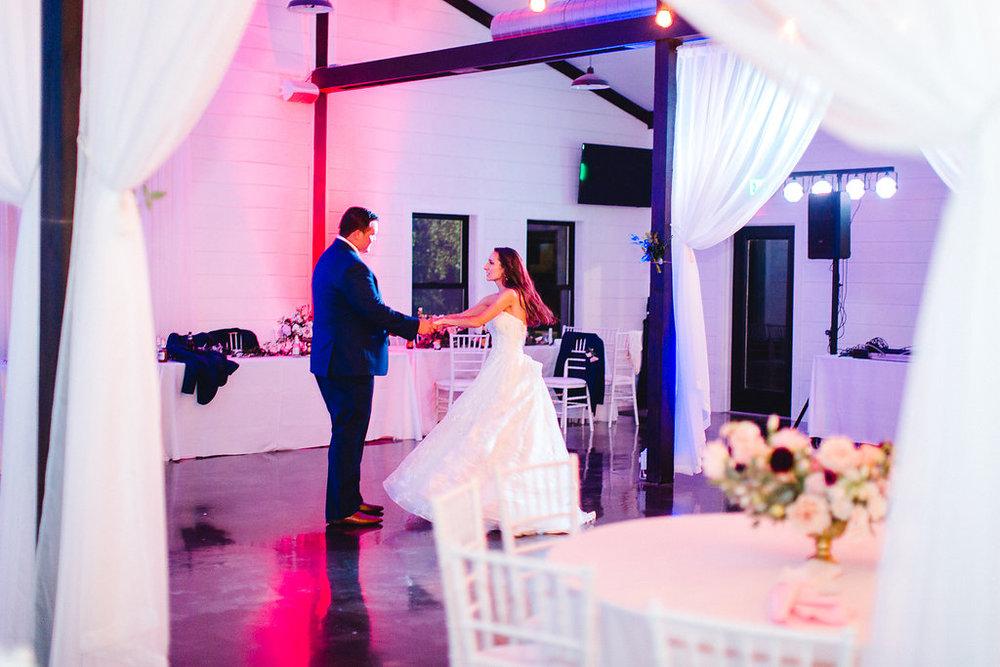 Dream-Point-Ranch-Wedding-Tulsa-Oklahoma-Wedding-Photographer-Holly-Felts-Photography-Baab-Wedding-687.jpg