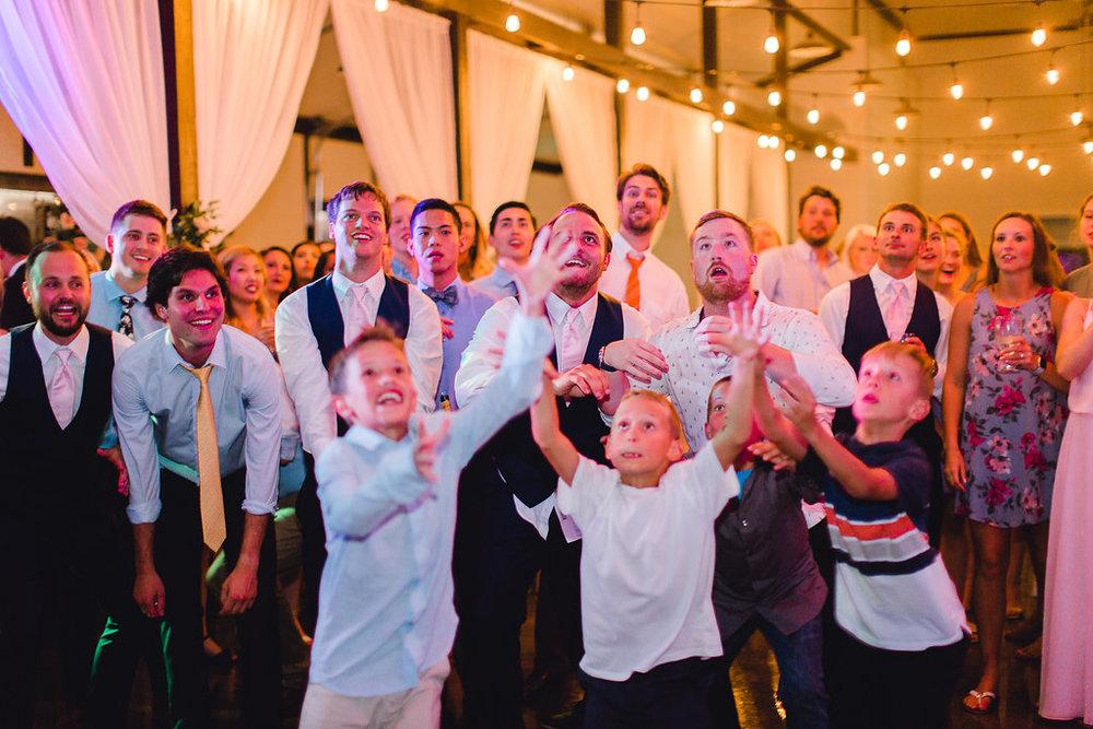 Dream-Point-Ranch-Wedding-Tulsa-Oklahoma-Wedding-Photographer-Holly-Felts-Photography-Baab-Wedding-671.jpg