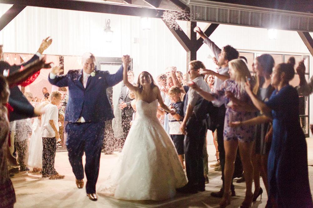 Dream-Point-Ranch-Wedding-Tulsa-Oklahoma-Wedding-Photographer-Holly-Felts-Photography-Baab-Wedding-692.jpg