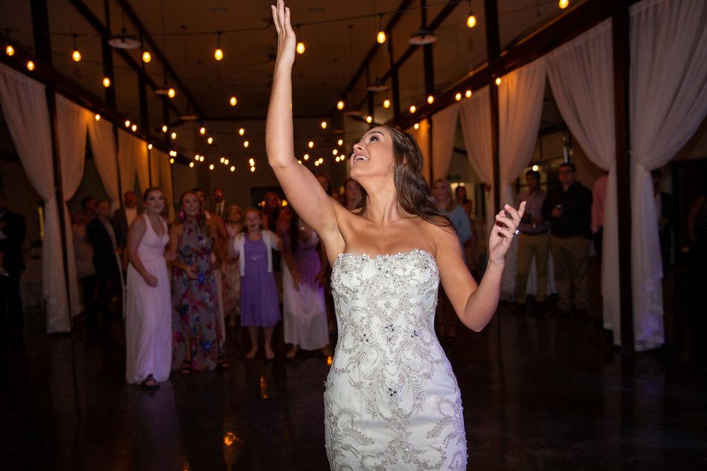 tulsa wedding venue white barn 57.jpg