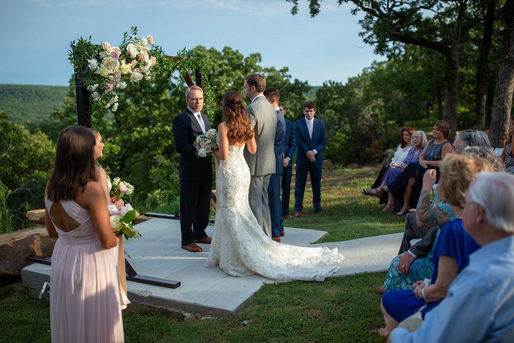tulsa wedding venue white barn 88.jpg