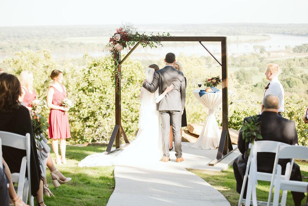 Tulsa Wedding Venue White Barn Dream Point Ranch 54a.jpg