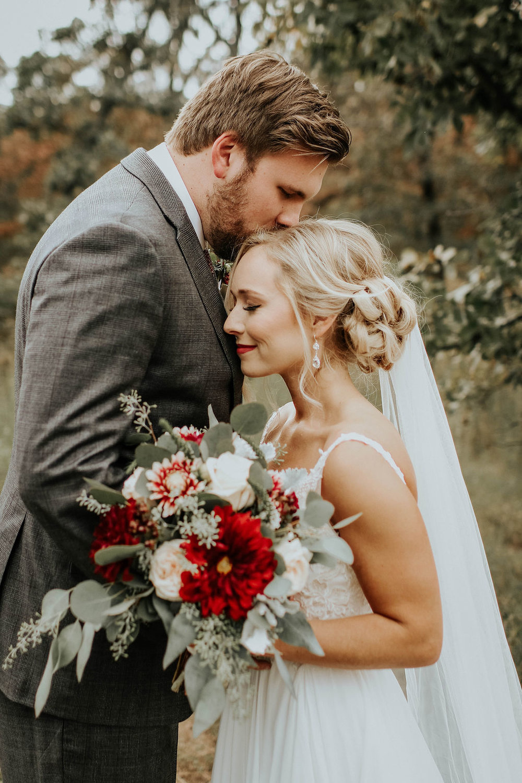 Dream Point Ranch Tulsa Wedding Venue 1g.jpg