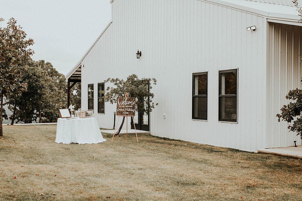 Dream Point Ranch Tulsa Wedding Venue 4.jpg
