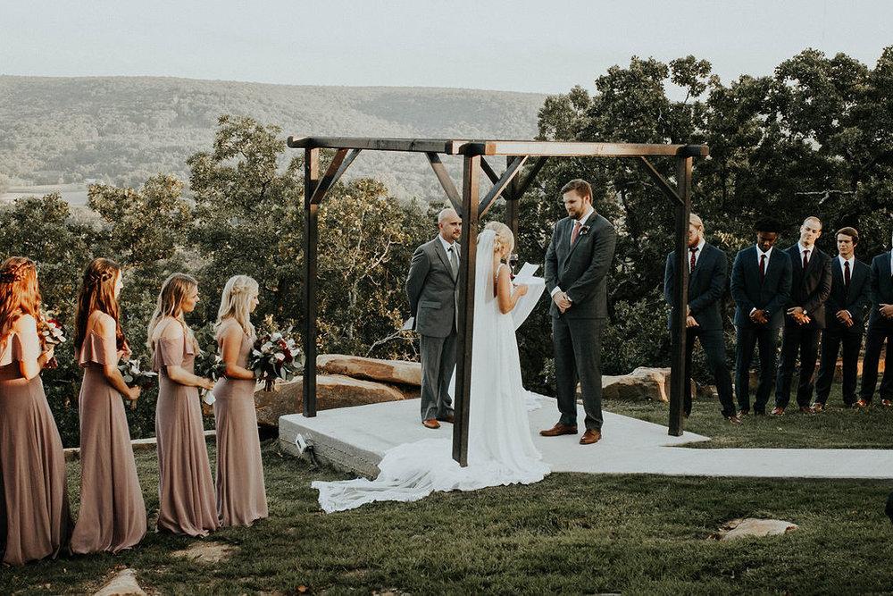 Dream Point Ranch Tulsa Wedding Venue 14.jpg