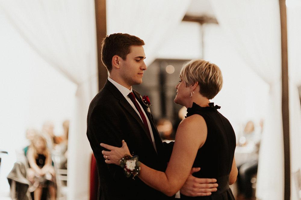 Best Wedding Venue in Tulsa Bixby Dream Point Ranch 63.jpg