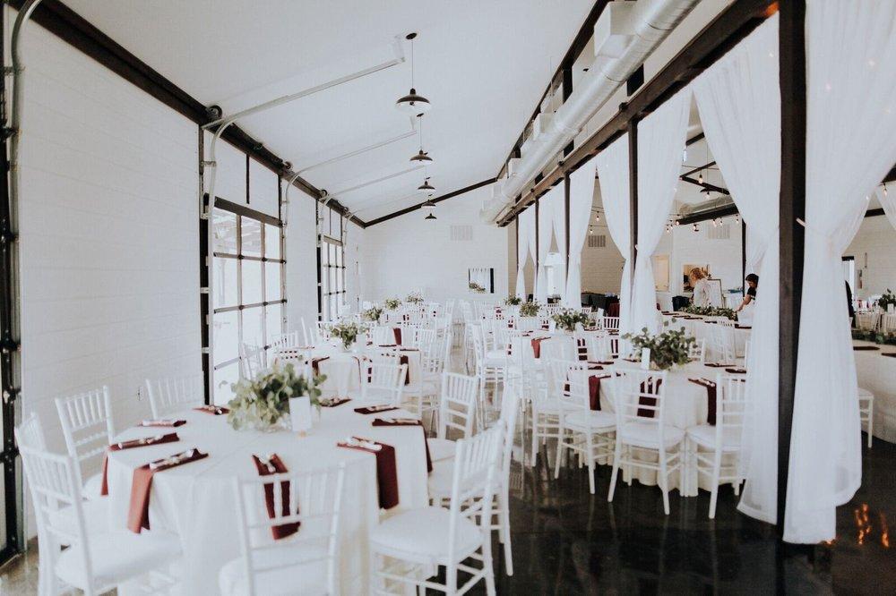 Tulsa Wedding Venue White Barn 1a.jpg